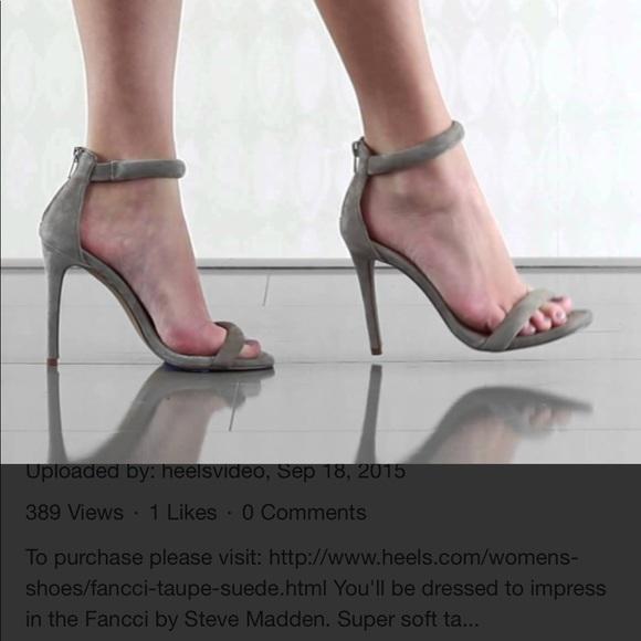 479bce22c4641 Steve Madden sandals. M_5b4a1d956a0bb7622eab11a3